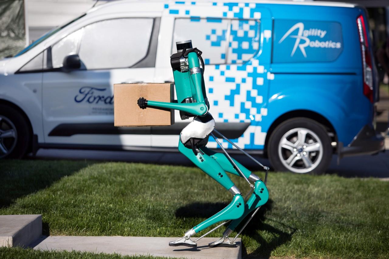 2019_0510_Ford-Agility-Robot_2.jpg