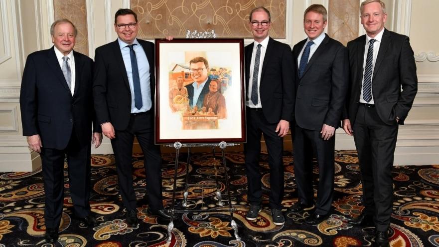 2020-02-27_SalutetoDealers-Award.jpg